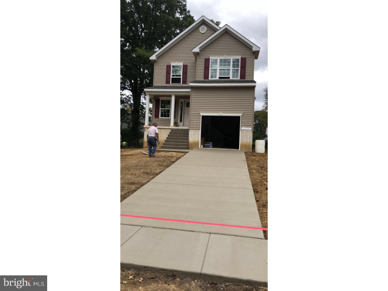 獨棟家庭住宅 為 出售 在 320 KINGSTON Avenue Barrington, 新澤西州 08007 美國