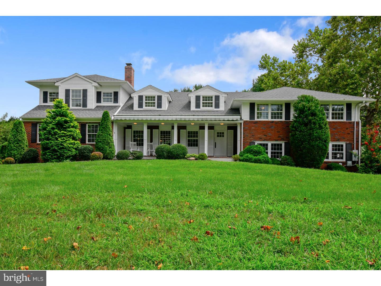 Частный односемейный дом для того Продажа на 109 SYKESVILLE Road Chesterfield, Нью-Джерси 08515 Соединенные ШтатыВ/Около: Chesterfield Township