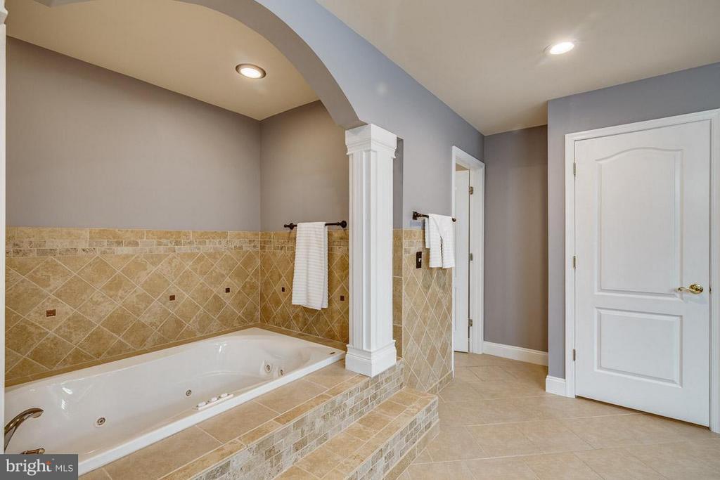 Owner's En Suite - 15 BEAVER RIDGE RD, STAFFORD