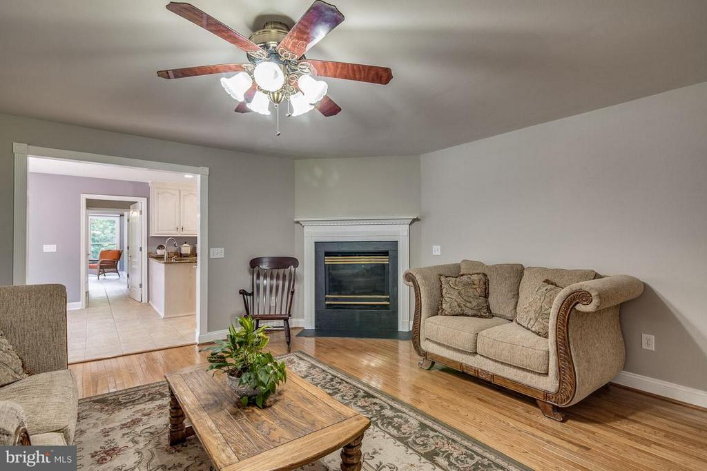 Family Room with Fireplace - 15 BEAVER RIDGE RD, STAFFORD