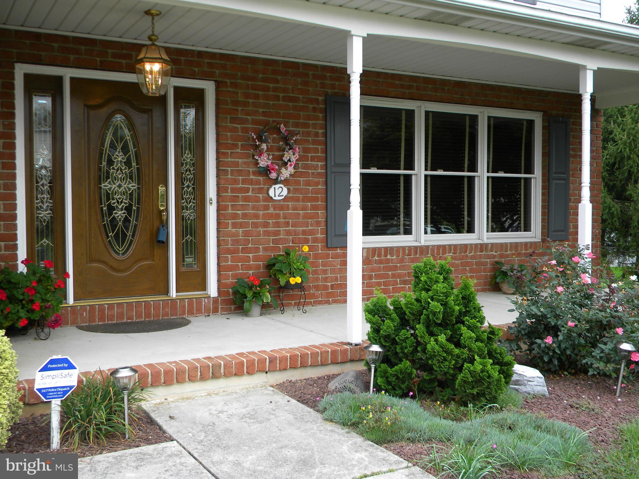 Home for Sale at 12 Dishley Drive in Mechanicsburg, PA for $284,900 ...