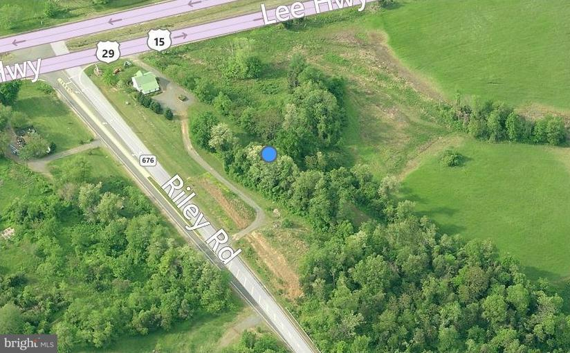 Additional photo for property listing at 4483 Lee Hwy  Warrenton, Virginia 20187 United States