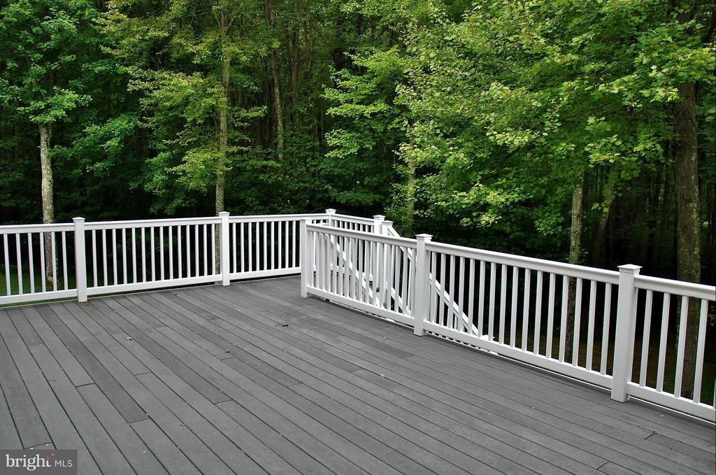 Deck - 5229 GRIFFITH RD, GAITHERSBURG