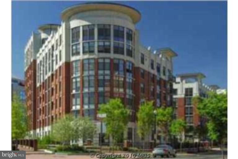 1021 GARFIELD STREET 304, ARLINGTON, Virginia