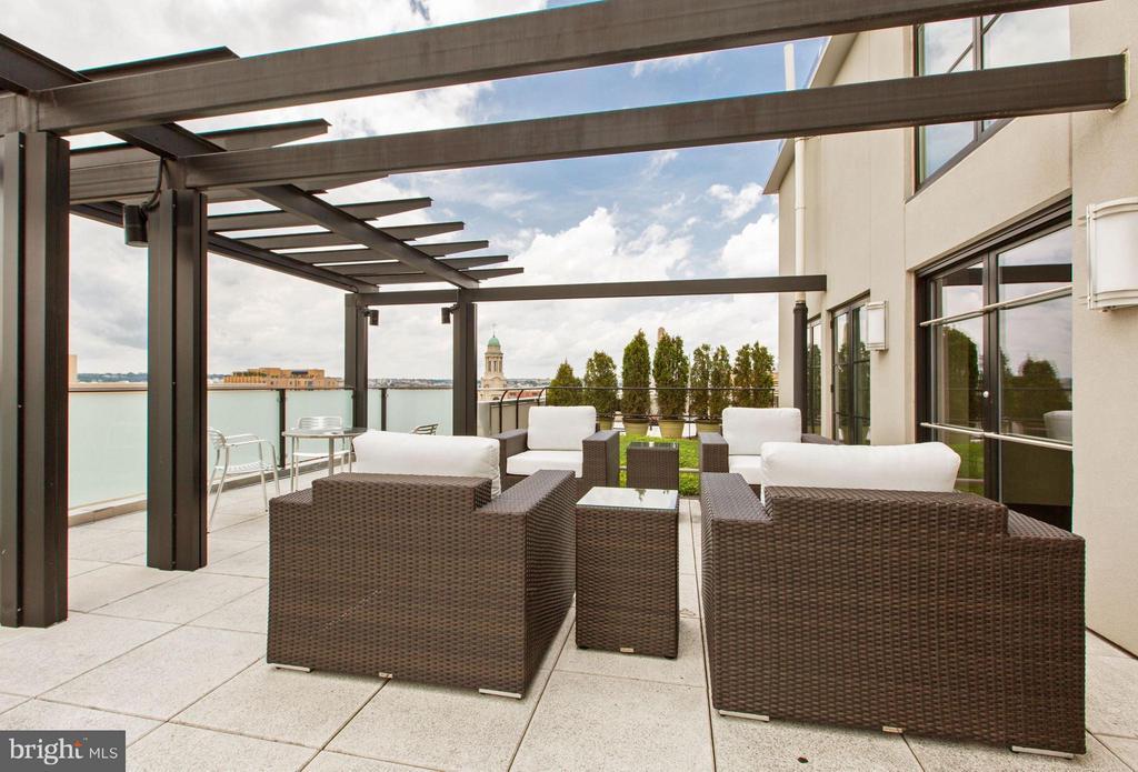 Roof Terrace - 1133 14TH ST NW #504, WASHINGTON