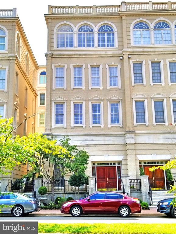 Exterior (Front) - 1408 N MEADE ST, ARLINGTON