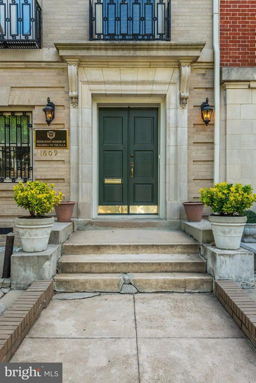 Front entrance - 1609 22ND ST NW, WASHINGTON