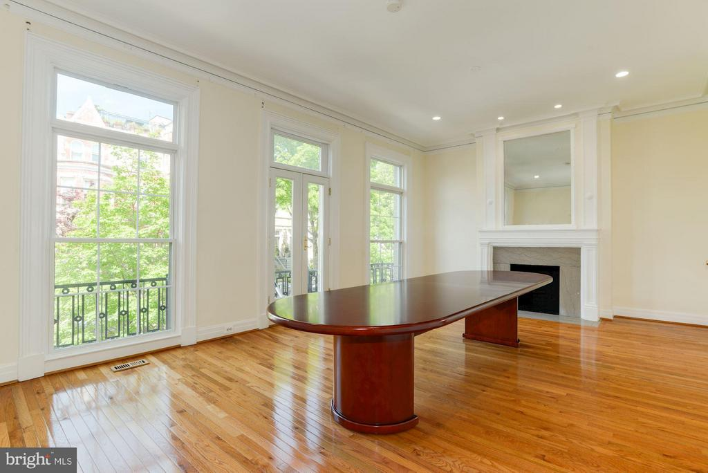 2nd level, embassy-size conference or dining room - 1609 22ND ST NW, WASHINGTON