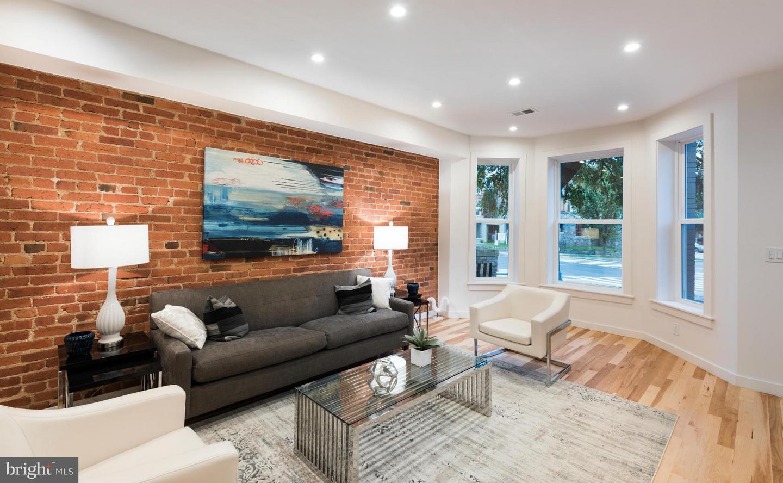 Additional photo for property listing at 46 Rhode Island NE #2 46 Rhode Island NE #2 Washington, District Of Columbia 20002 United States