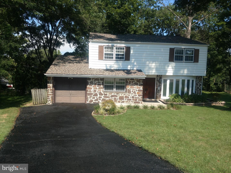 Tek Ailelik Ev için Satış at 4 BALSAM Place Lafayette Hill, Pennsylvania 19444 Amerika Birleşik Devletleri