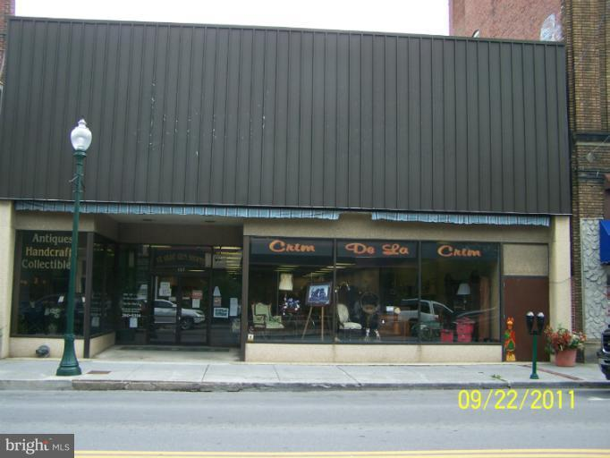 Photo of home for sale at 137 N. Queen St., Martinsburg WV