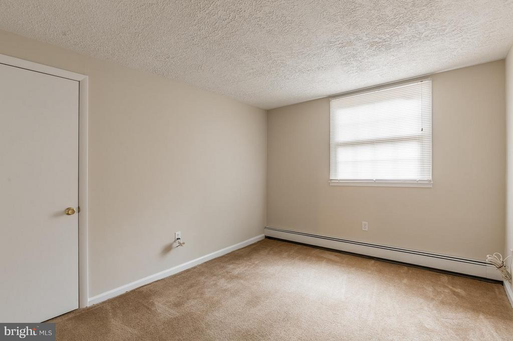 Bedroom 3 Lower Level - 13718 KERRYDALE RD, WOODBRIDGE