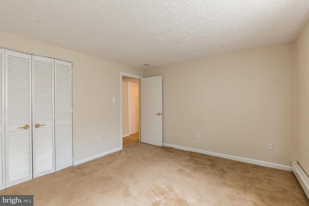Bedroom 4 Lower Level - 13718 KERRYDALE RD, WOODBRIDGE