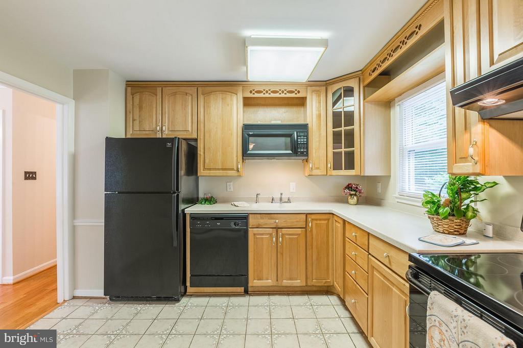 Kitchen - 13718 KERRYDALE RD, WOODBRIDGE
