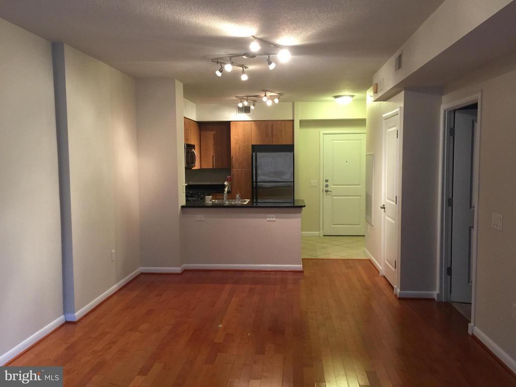 Interior (General) - 1021 N GARFIELD ST #420, ARLINGTON