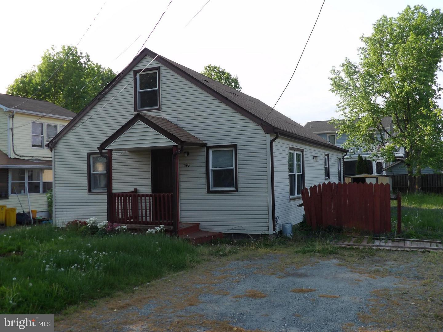 Other Residential for Rent at 1198 Maple Ave Shady Side, Maryland 20764 United States