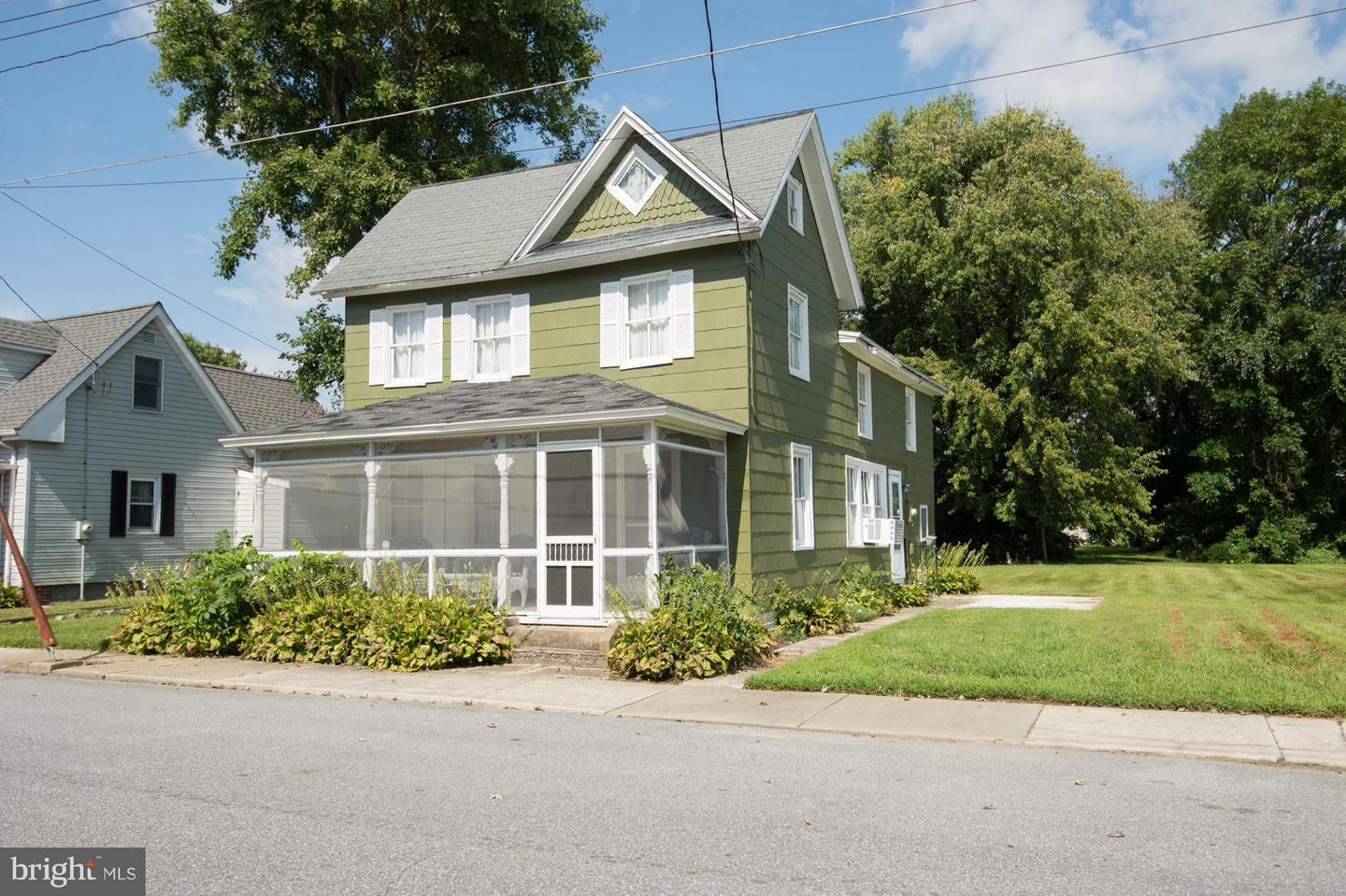 Single Family for Sale at 111 Race St Vienna, Maryland 21869 United States