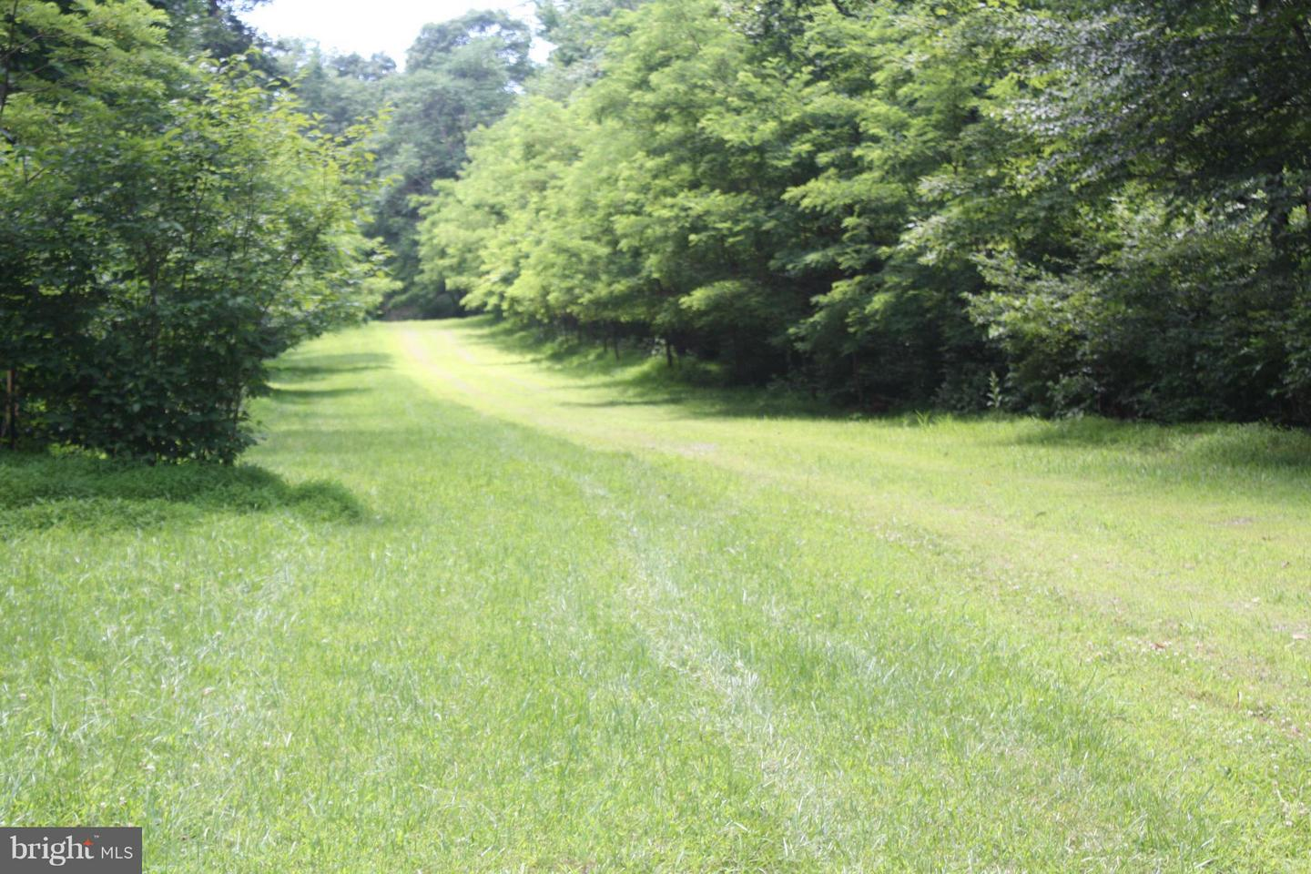 Photo of home for sale at 5114 Wigville Road, Thurmont MD