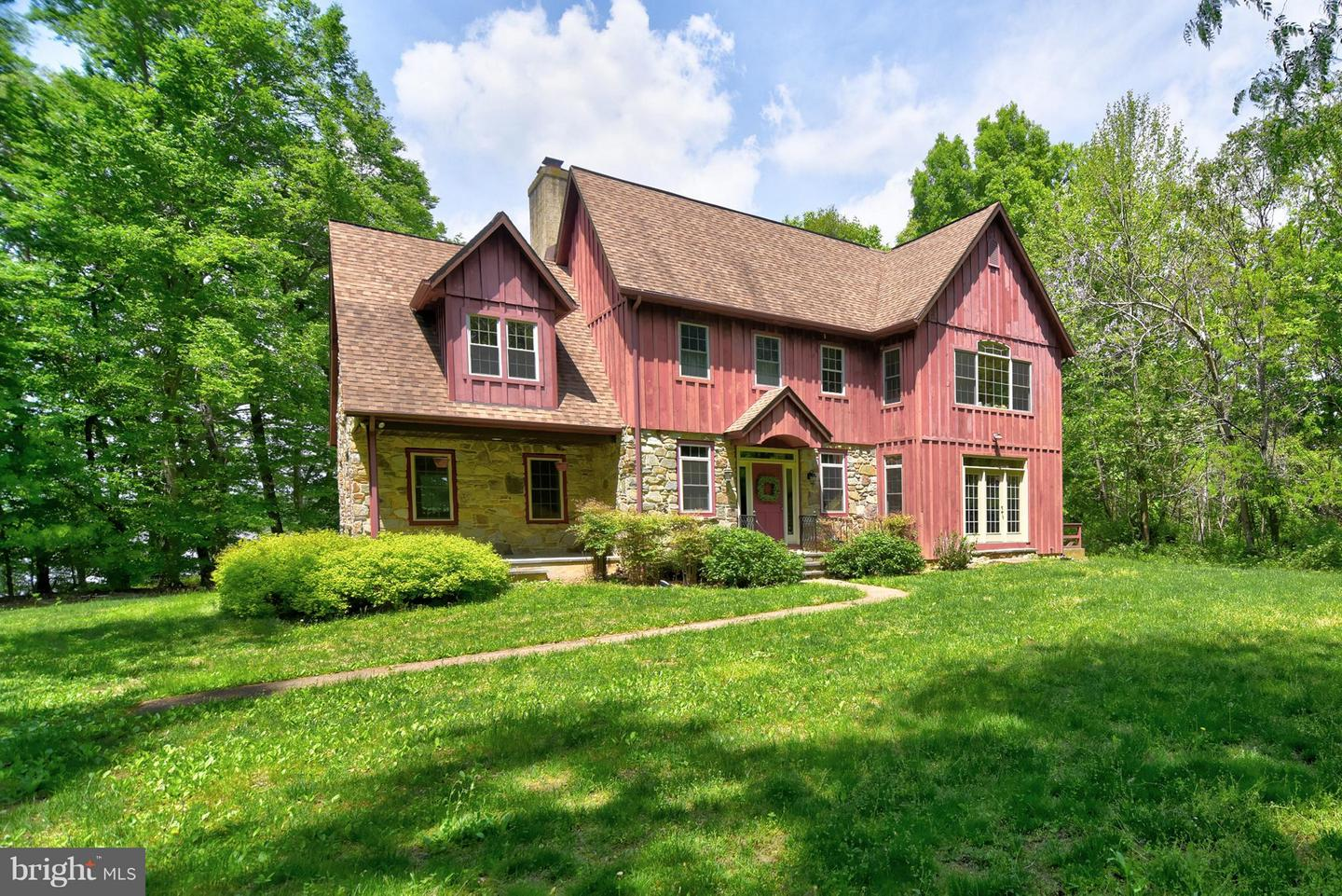 Single Family for Sale at 303 Gwendolyn Rd Warwick, Maryland 21912 United States