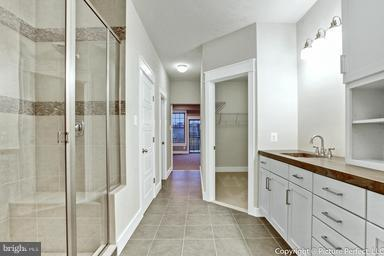 Luxury bathroom with large WIC - 2700 PARK MILLS RD, ADAMSTOWN