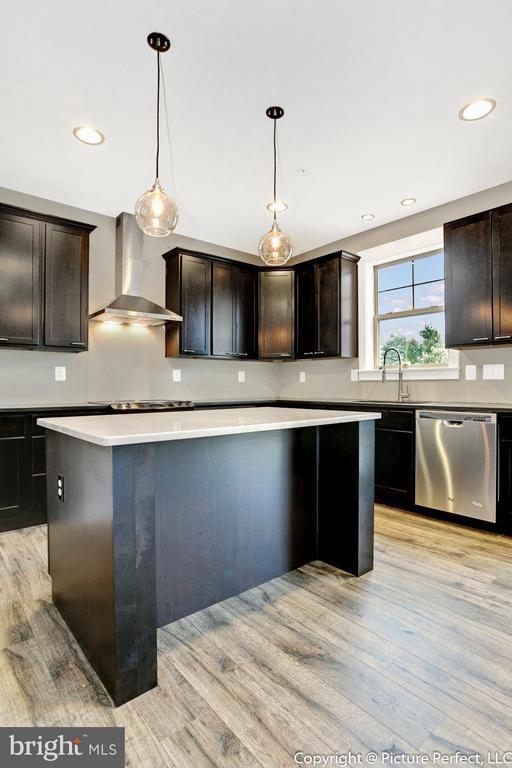 Example:Kitchen - 6718 OAKRIDGE RD, NEW MARKET