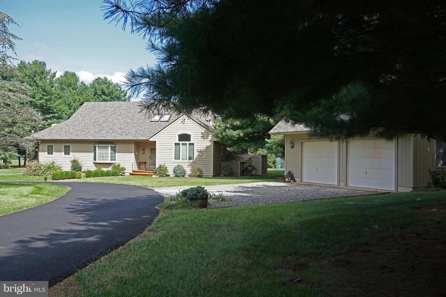 Single Family for Sale at 29104 Belchester Rd Kennedyville, Maryland 21645 United States