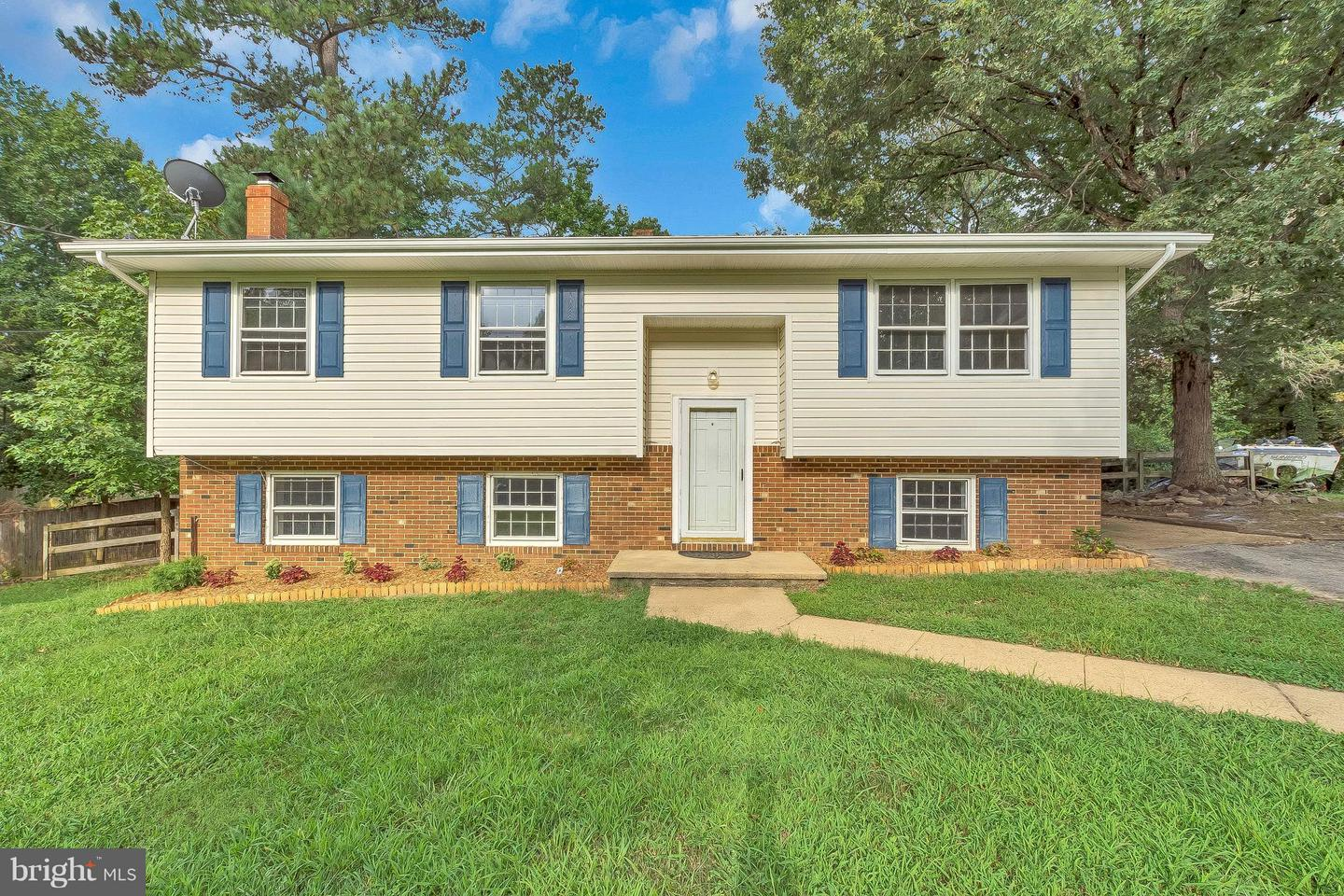 Single Family for Sale at 21525 Lynn Dr Lexington Park, Maryland 20653 United States