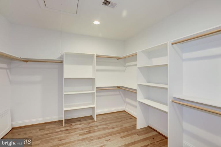 Master Bedroom walk-in closet - 6809 ALPINE DR, ANNANDALE