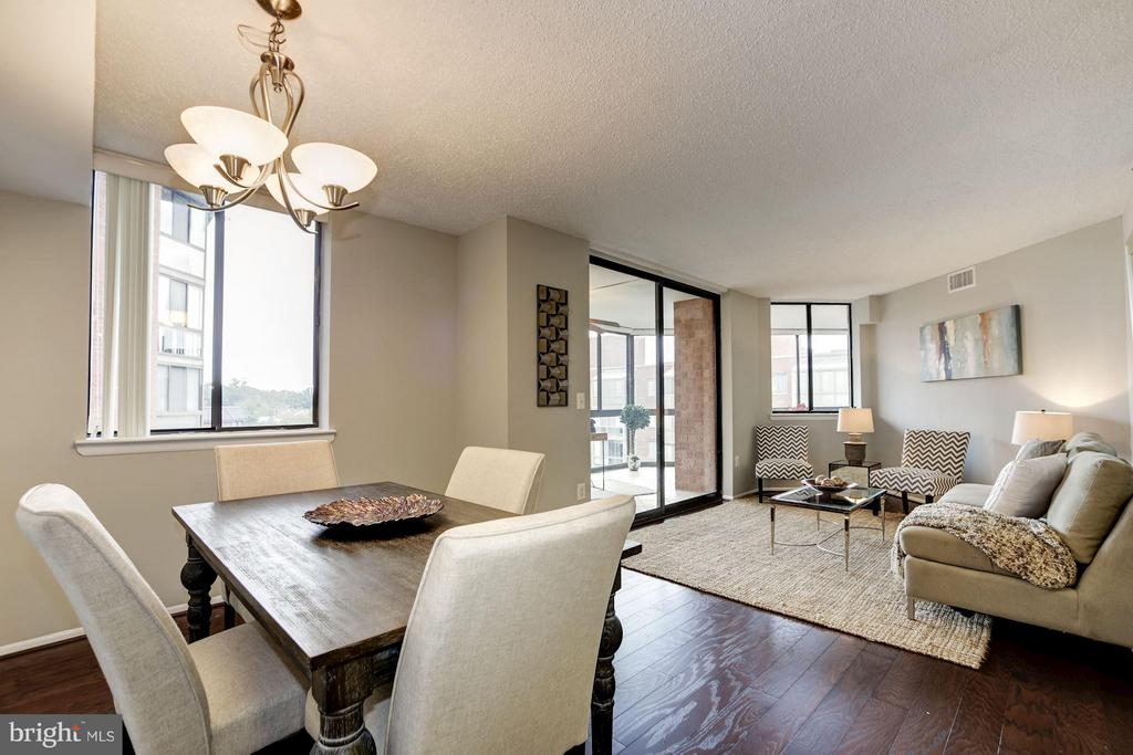 DINING and LIVING RMS FEATURE BRAND NEW HARDWOODS! - 1001 VERMONT ST N #710, ARLINGTON