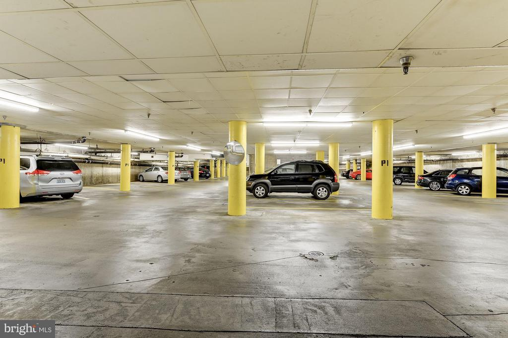1 UNDERGROUND GARAGE PARKING SPACE CONVEYS! - 1001 VERMONT ST N #710, ARLINGTON