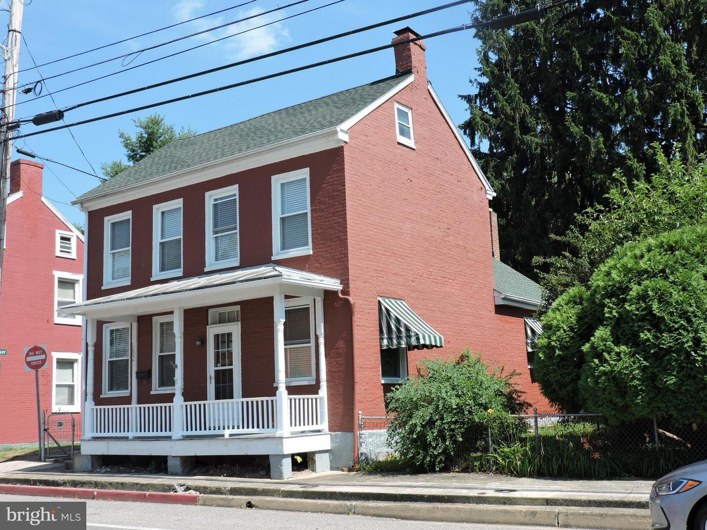 Single Family for Sale at 202 Potomac St Boonsboro, Maryland 21713 United States
