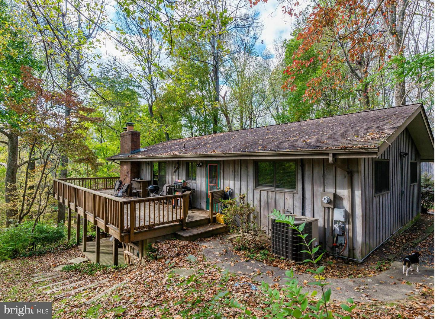 Photo of home for sale at 1025 Millwood Road, Great Falls VA