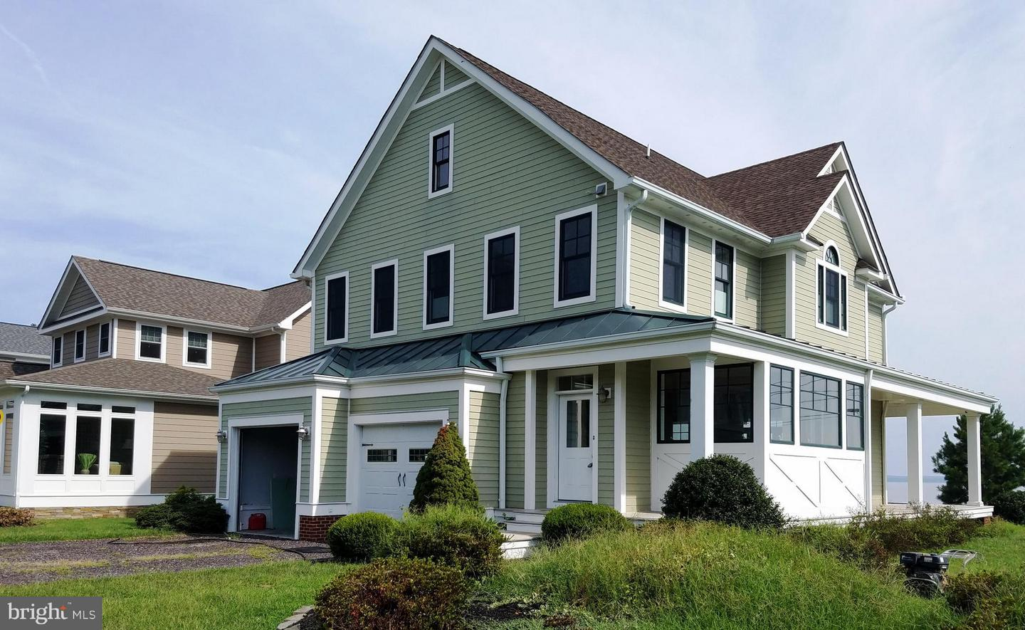 Single Family Home for Sale at 2100 Riverfront Village Drive 2100 Riverfront Village Drive Colonial Beach, Virginia 22443 United States