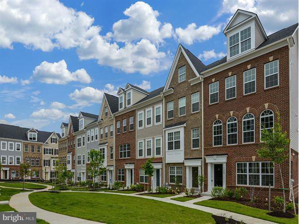 Single Family Homes por un Venta en BRICKYARD BOULEVARD- ARCADIA Beltsville, Maryland 20705 Estados Unidos
