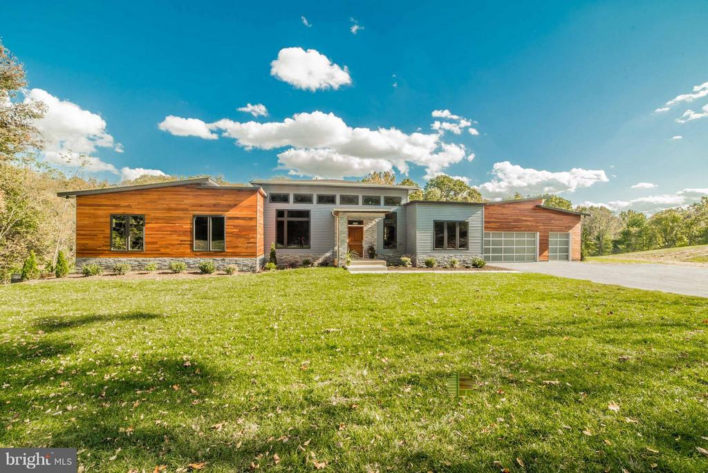 Exterior (Front) - 36942 WALNUT PARK LN, PURCELLVILLE