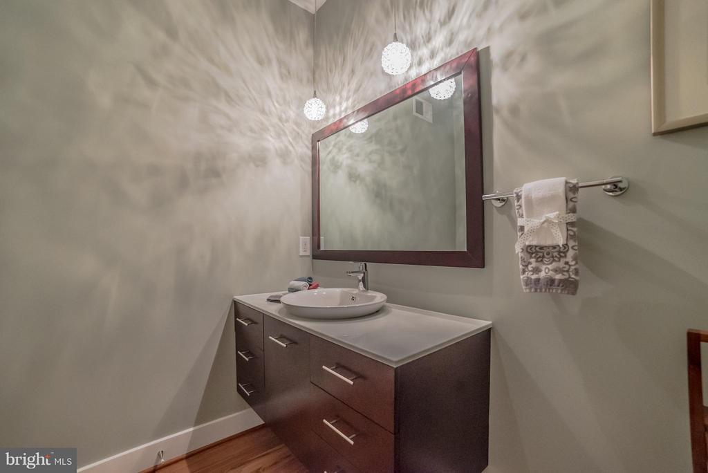 Powder Room - 36942 WALNUT PARK LN, PURCELLVILLE