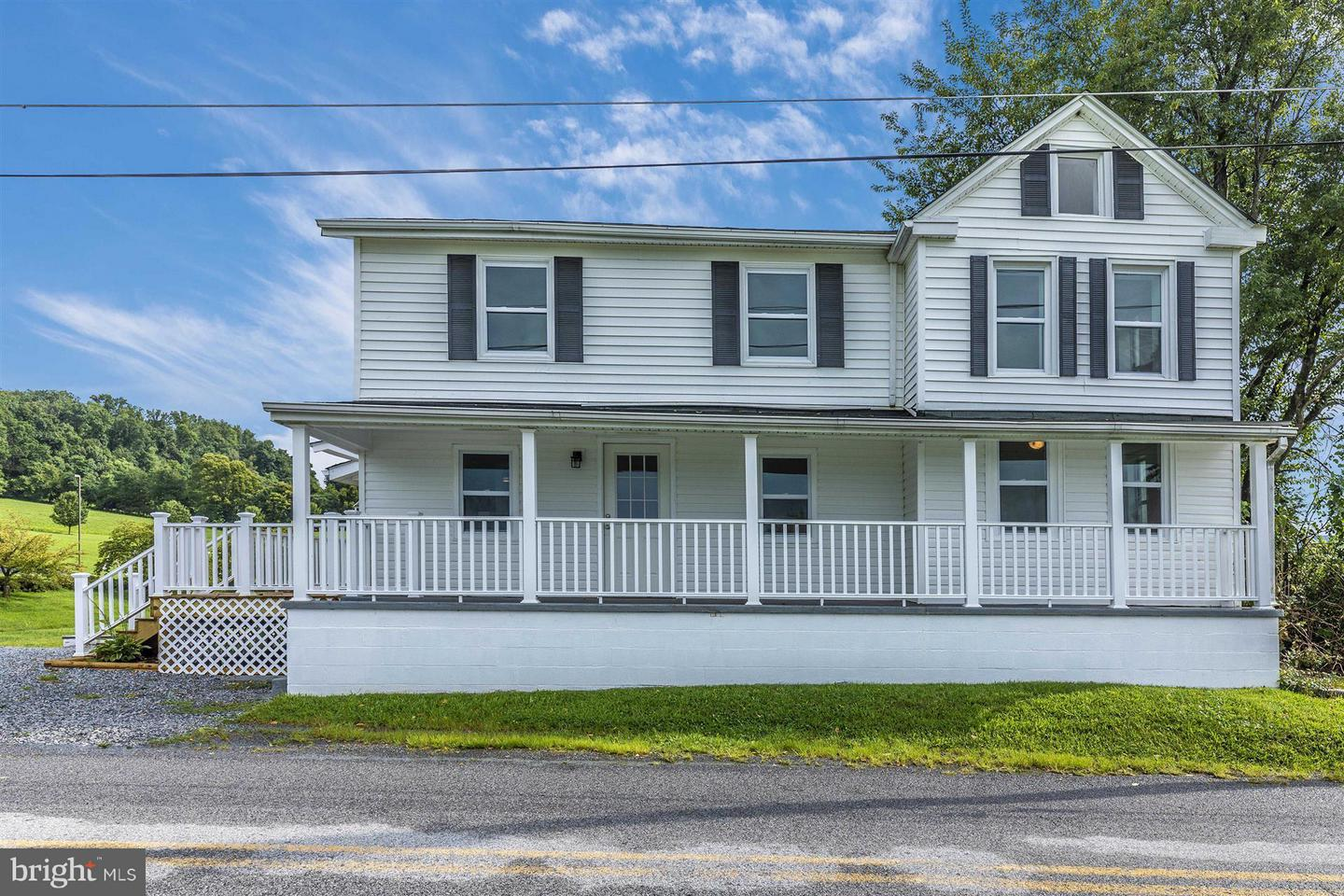 Single Family for Sale at 20219 Locust Grove Rd Rohrersville, Maryland 21779 United States