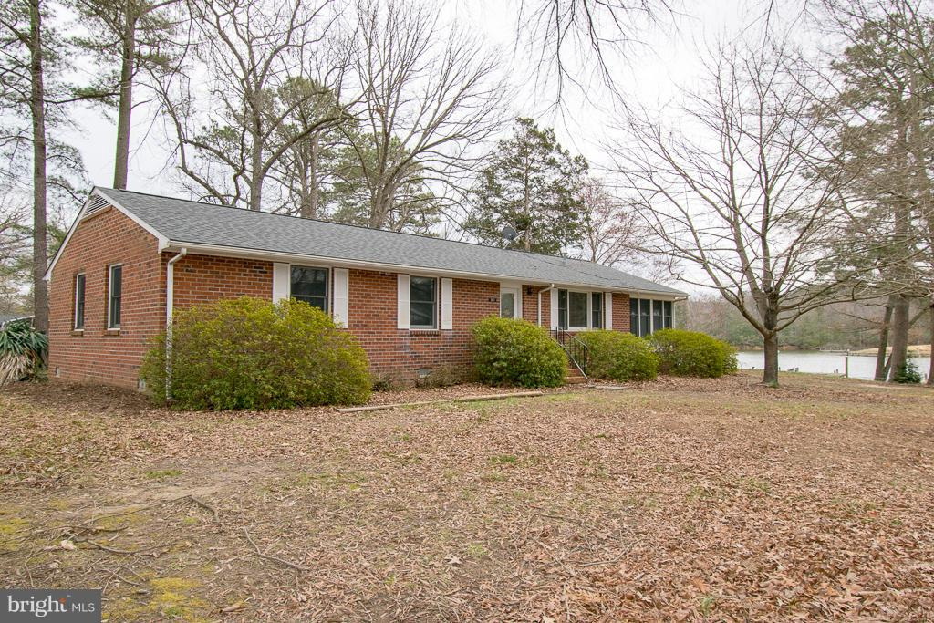 Single Family for Sale at 141 Holly Cir Kinsale, Virginia 22488 United States