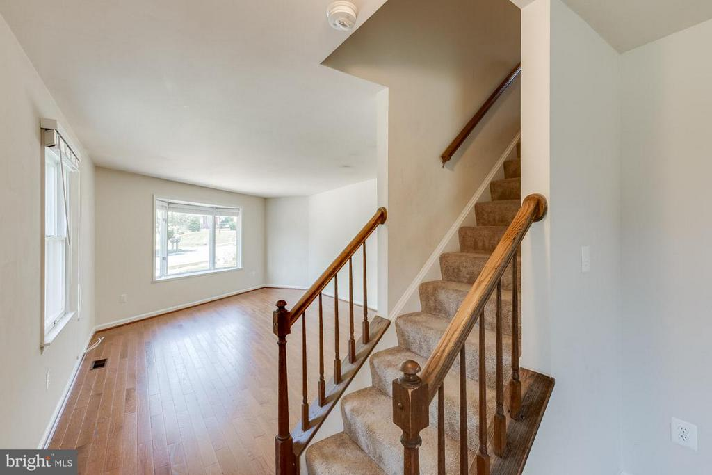 Large Family Room - 1305 CONESTOGA CT, MOUNT AIRY