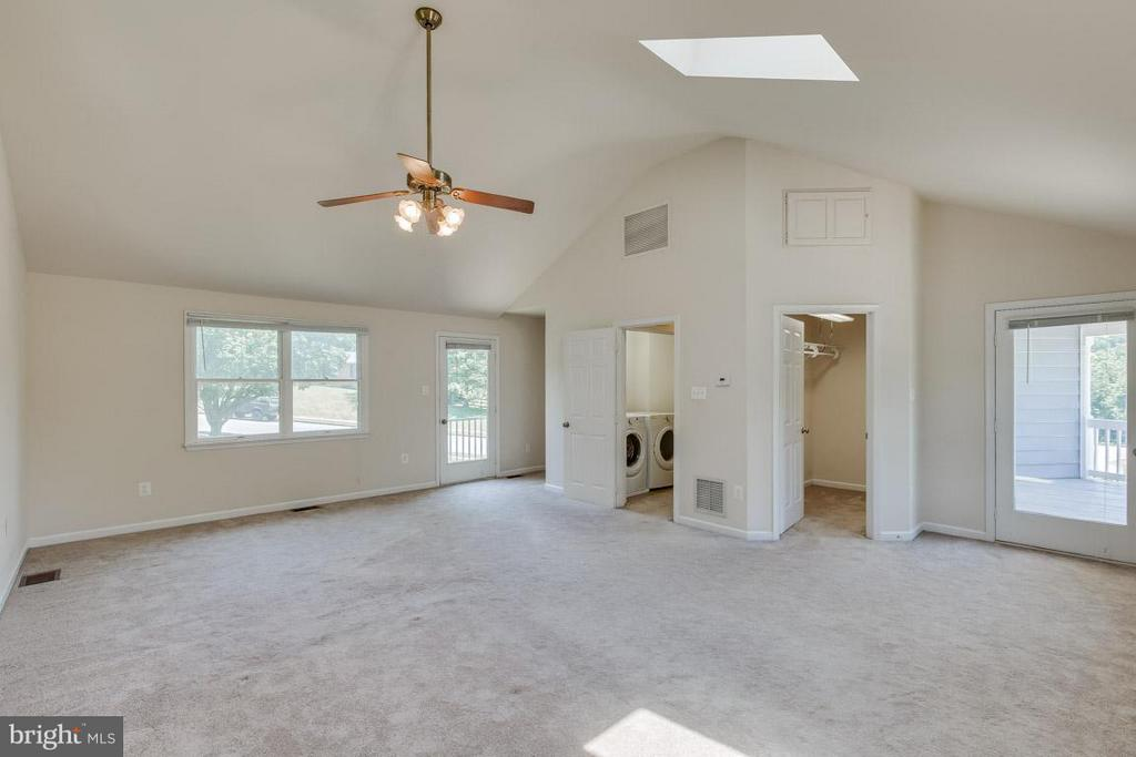 Master Bedroom (Upstairs Laundry in Hall) - 1305 CONESTOGA CT, MOUNT AIRY