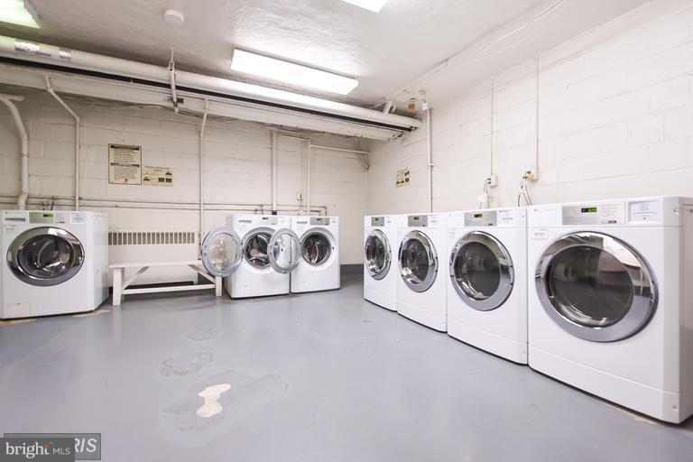 Laundry Room - 2710 MACOMB ST NW #207, WASHINGTON