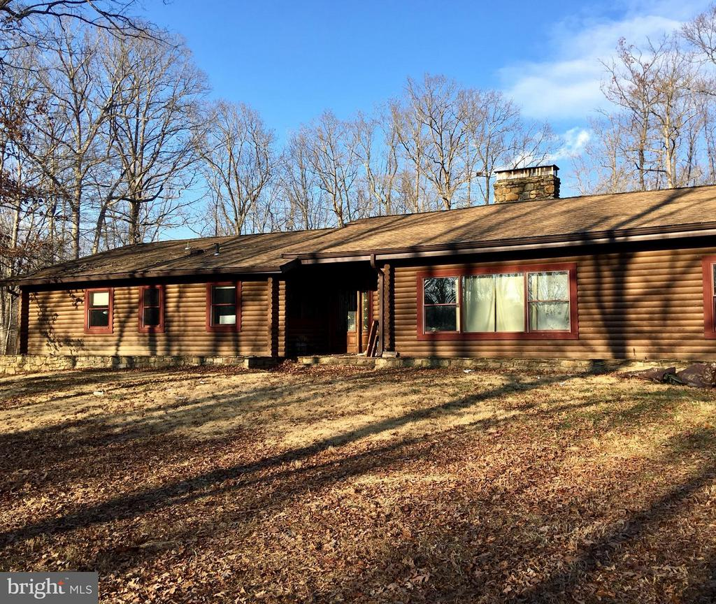 6157  WILSON ROAD, Marshall in FAUQUIER County, VA 20115 Home for Sale