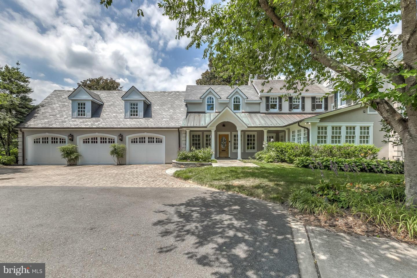 Single Family Home for Sale at 226 Wardour Drive 226 Wardour Drive Annapolis, Maryland 21401 United States