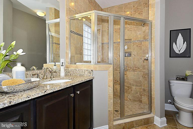 MASTER BATH WITH SUPER SIZED SHOWER WITH A SEAT - 17345 OLD FREDERICK RD, MOUNT AIRY