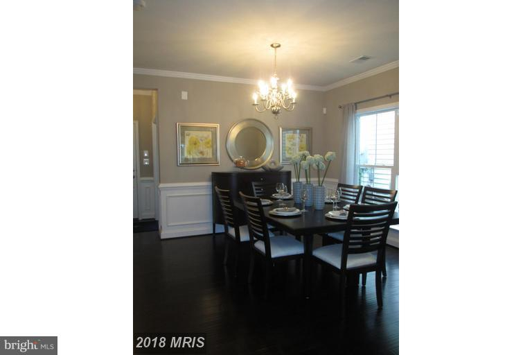 WELL APPOINTED DINING AREA WITH DETIAL - 17345 OLD FREDERICK RD, MOUNT AIRY