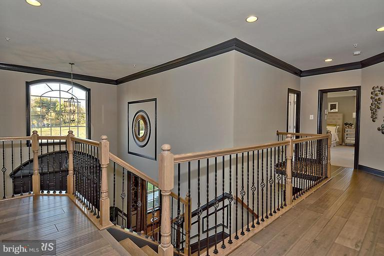 UPPER HALLWAY OVERLOOK TO FRONT AND REAR - 14270 BURNTWOODS RD, GLENWOOD