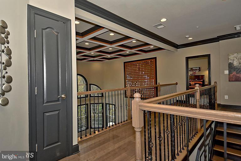 THE DISTINCTION IS IN THE DETAILS - 14270 BURNTWOODS RD, GLENWOOD