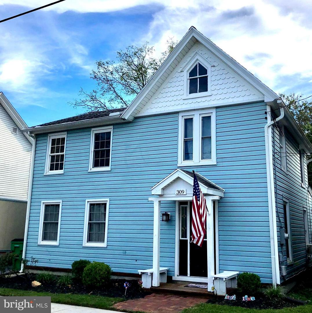 Single Family for Sale at 309 Broad St Crumpton, Maryland 21628 United States
