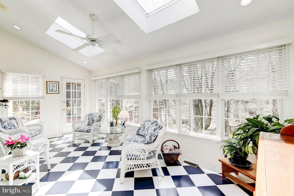 Sunroom - 1320 ALDBURY WAY, RESTON