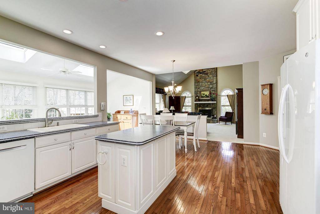 Kitchen - 1320 ALDBURY WAY, RESTON